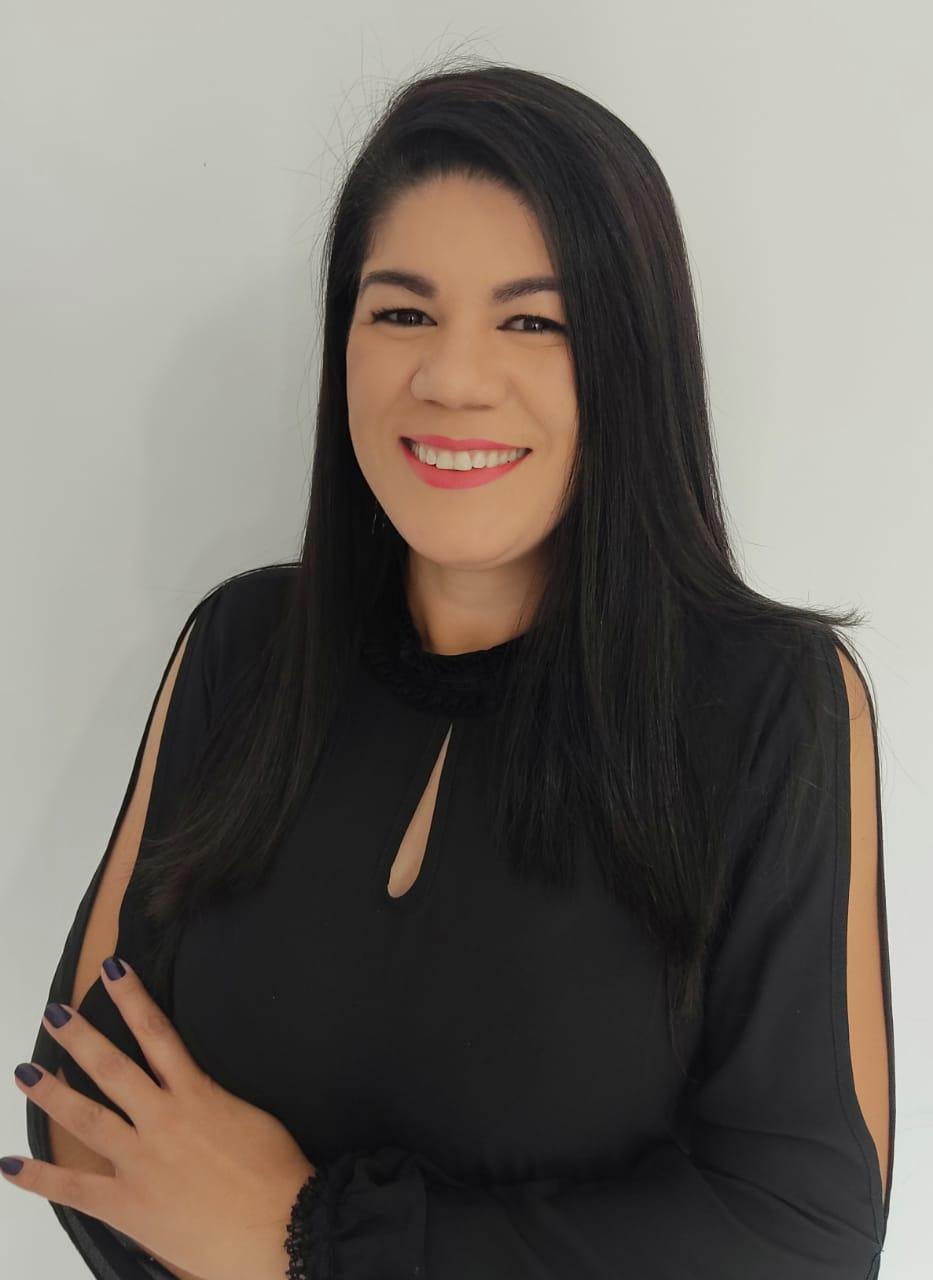 Kelly de Oliveira Cunha Furini